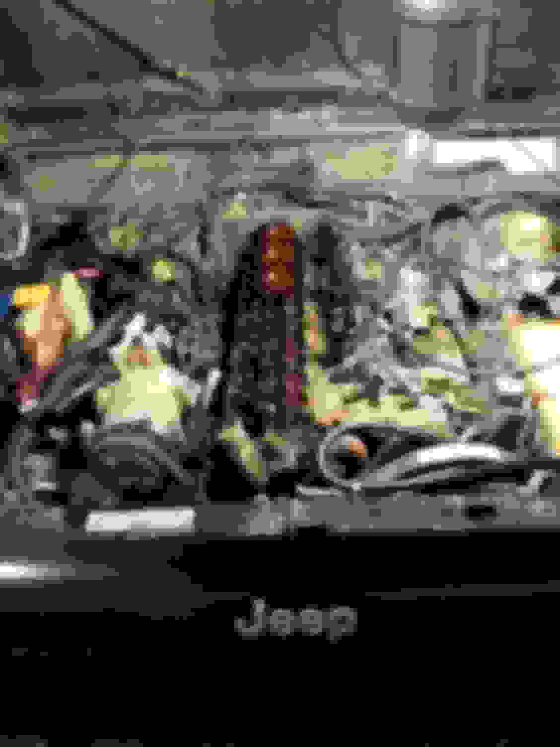 Cylinder Head   no compression 3,4   rebuild question - Jeep