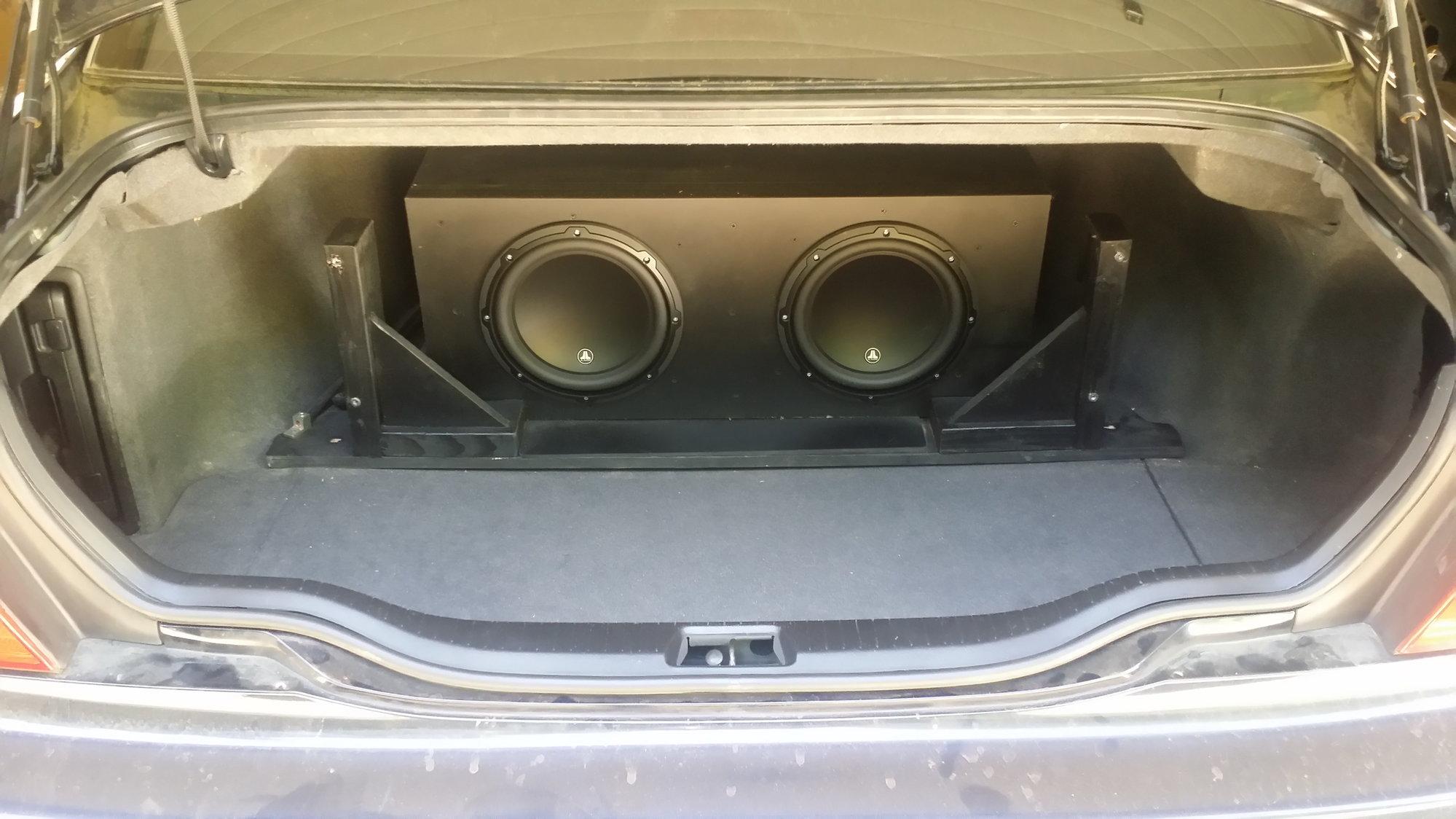 ls430 subwoofer 2001 install box sub custom amp audio rack jl lexus clublexus 2006 ls sealed hidden behind 3rd gen