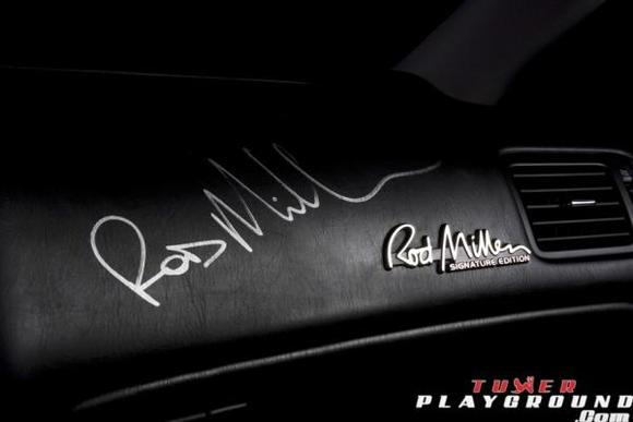 dash autograph