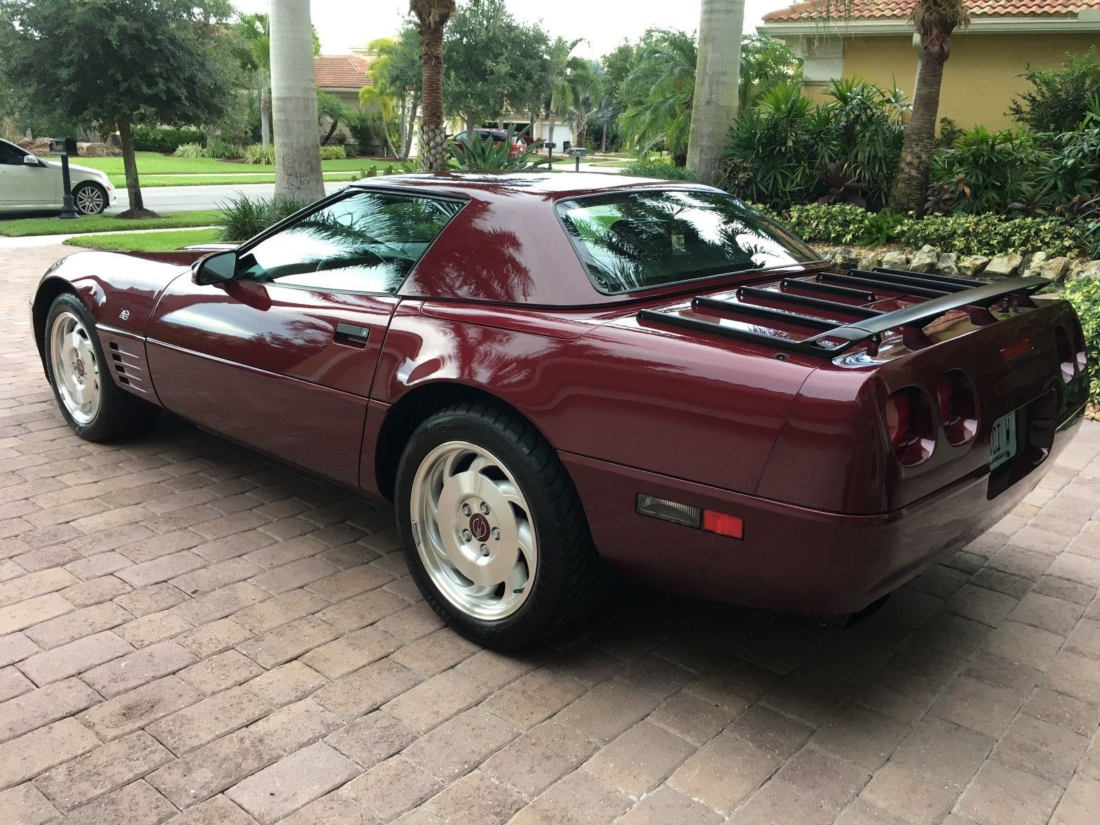 FS (For Sale) 1993 Corvette 40th Anniversary. 10,270 miles by one ...