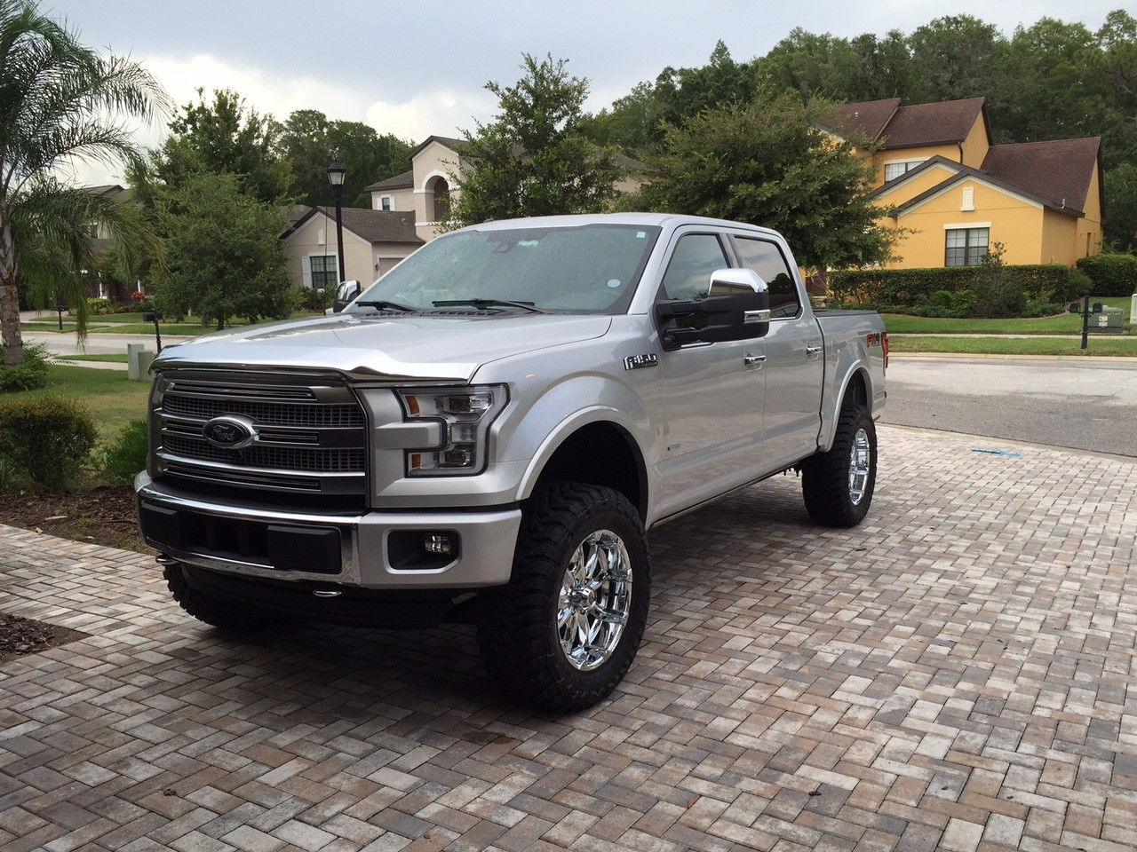 ingot silver with tow mirrors ford f150 forum community of ford truck fans. Black Bedroom Furniture Sets. Home Design Ideas