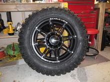 Eagle rim&tire pic 1