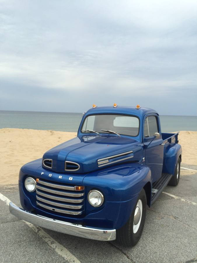 1948 F2 Is The Solution To Your Average  Boring Hauler