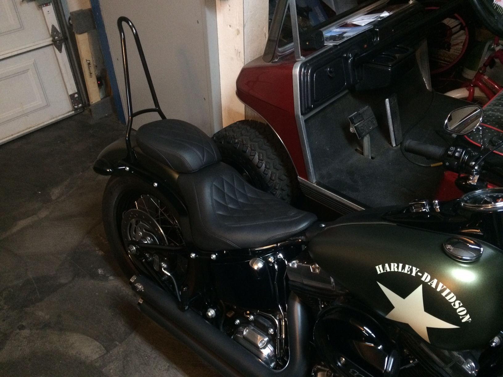 New Sissy Bar Installed Harley Davidson Forums