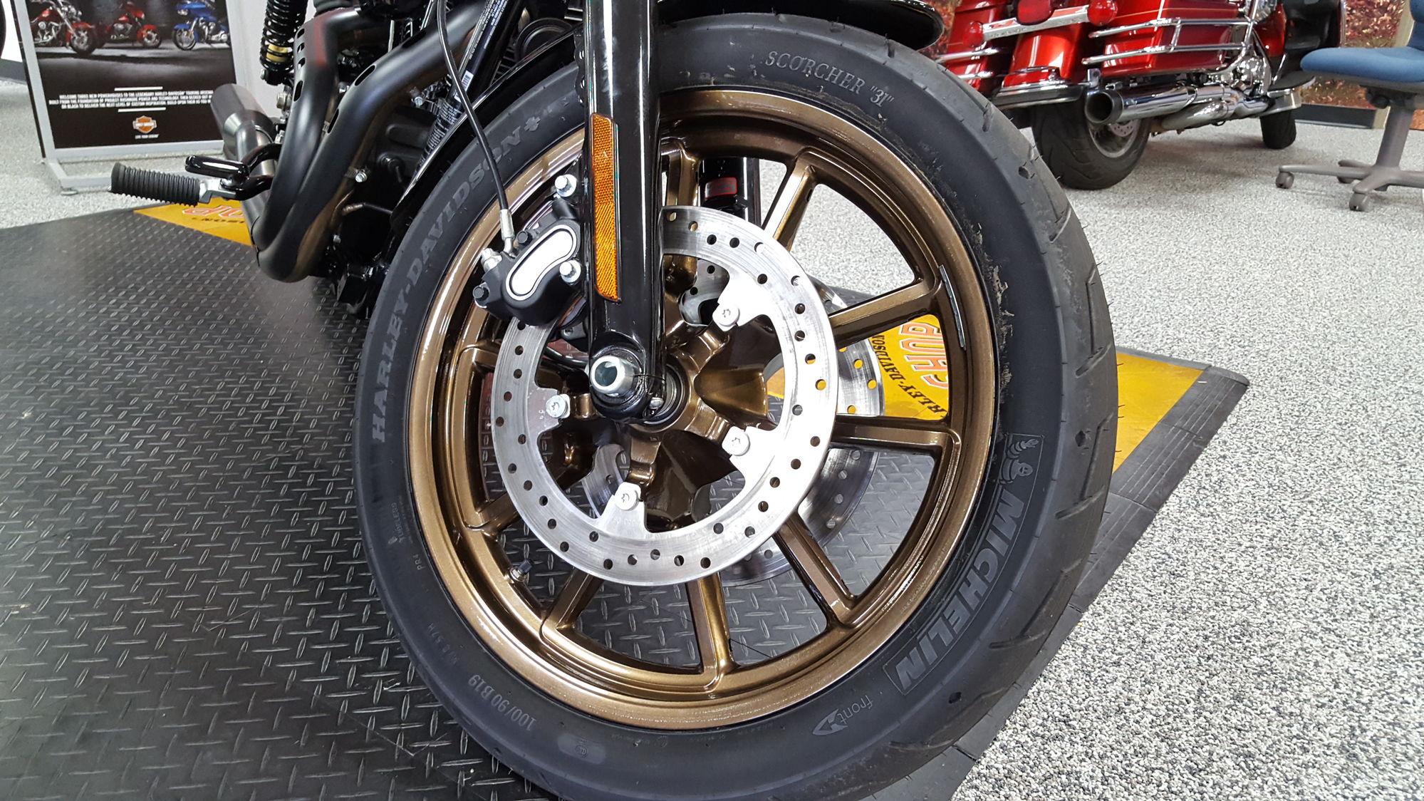 Lowrider S powder coated wheels - Harley Davidson Forums