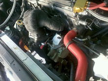 a picture of the setup in my engine bay, still doing odds and ends..