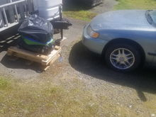 New f22b2 crate engine i baught so i can take the seized out and put working in.
