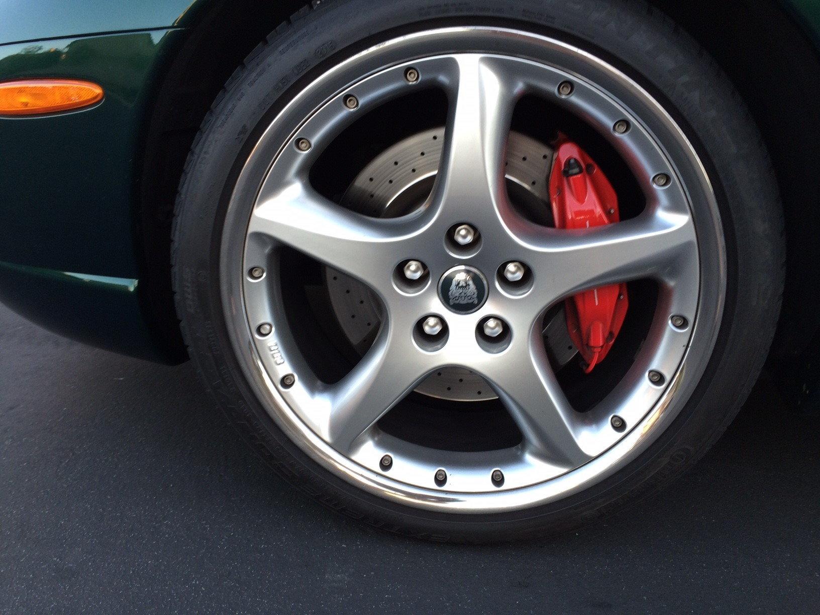 Ceramic Brake Pads for 2005 XKR 20