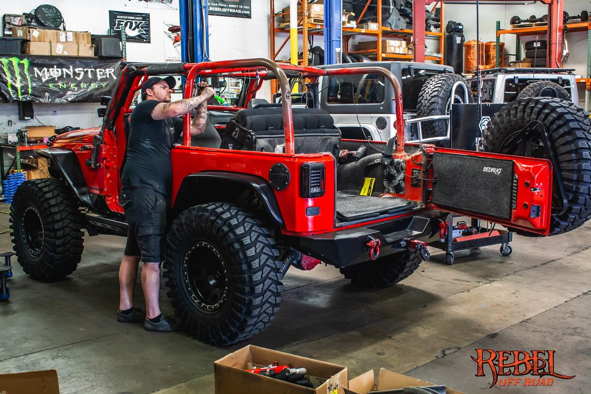 Anybody Running 33x10.5 KM2s? - JKowners.com : Jeep