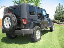 07 Sahara with Rubicon tires and wheels 1