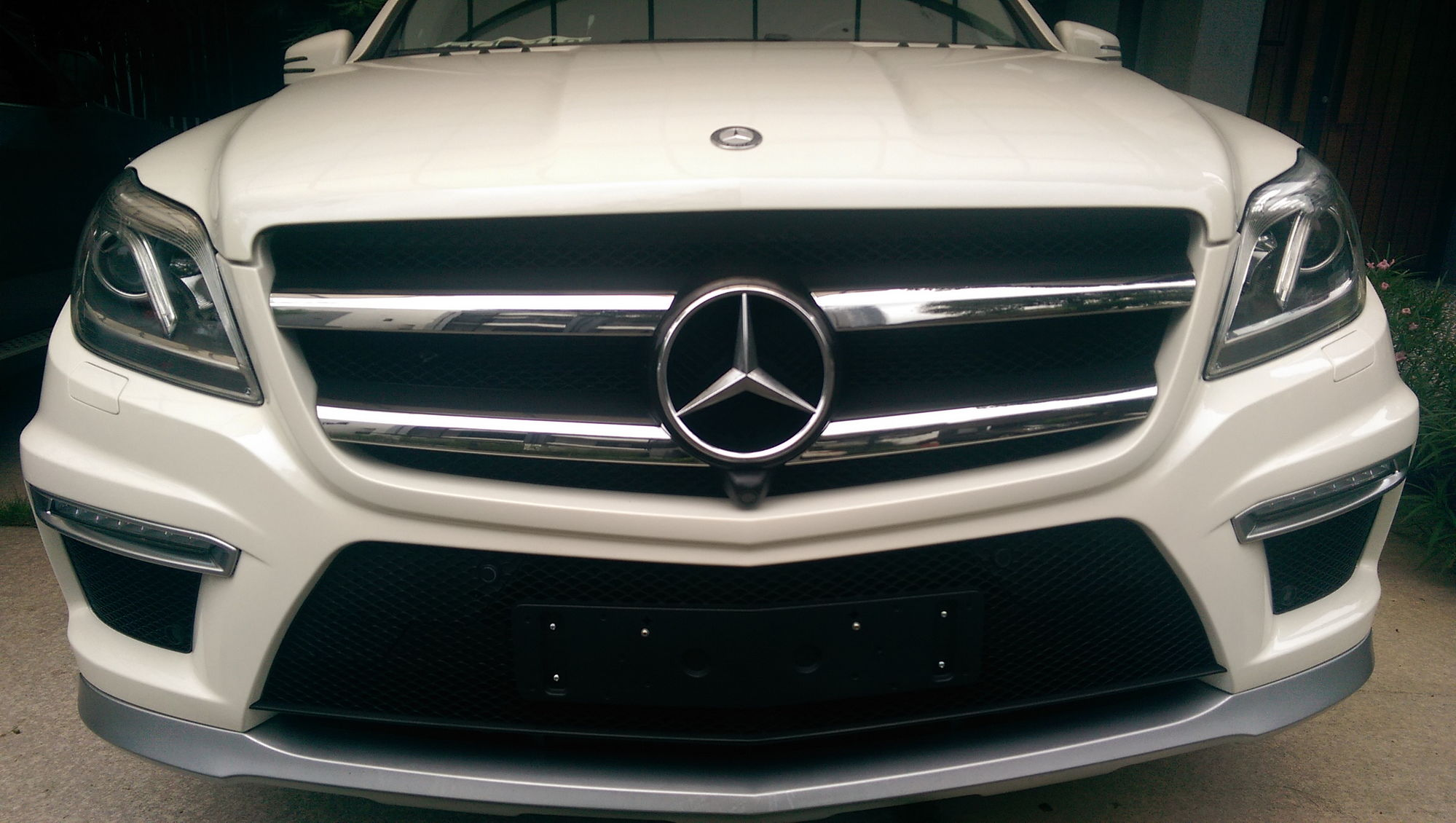 I ve installed amg body kit to my gl450 order them from alibaba com they were perfect fit according to the body shop who did the installation