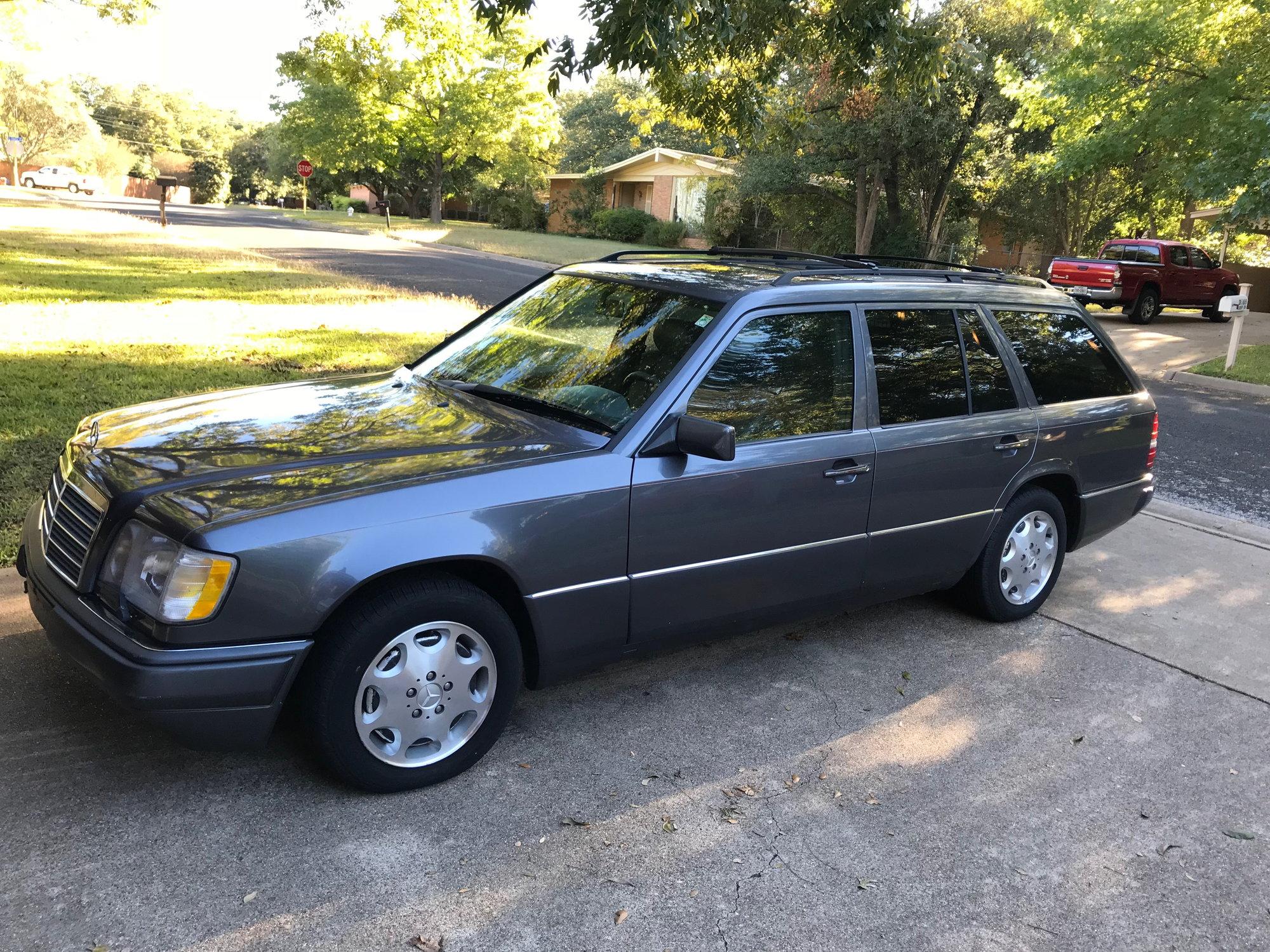1995 Mercedes Benz W124 E320 Wagon V6