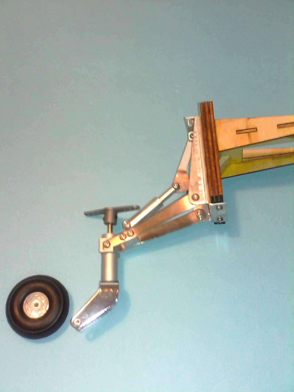 Robart Retractable Tail Wheel