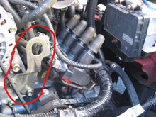 engine hanger = the red circle?