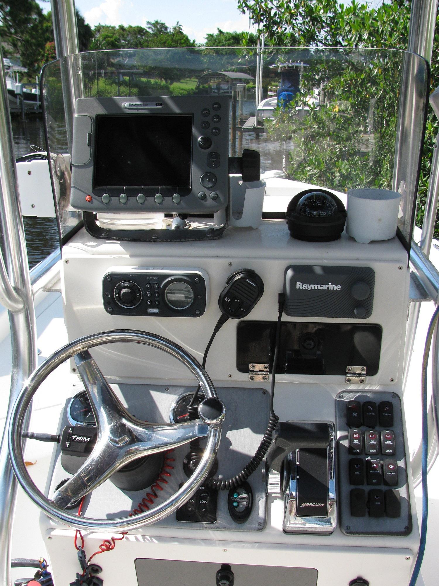 2008 Shearwater 2400Z/Mercury Optimax 300XS 3 2 stroker