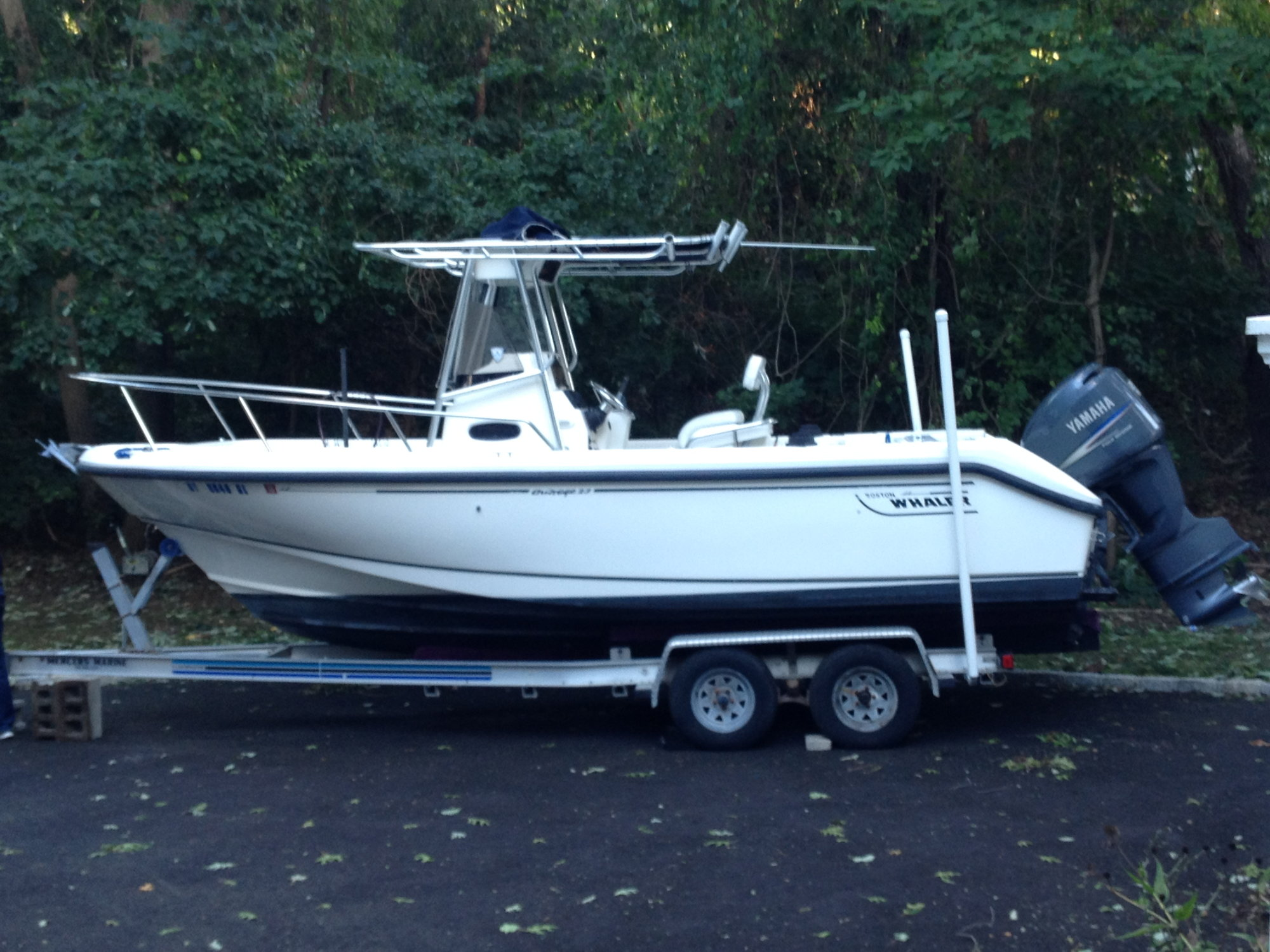2000 Boston Whaler 230 Outrage for sale - The Hull Truth