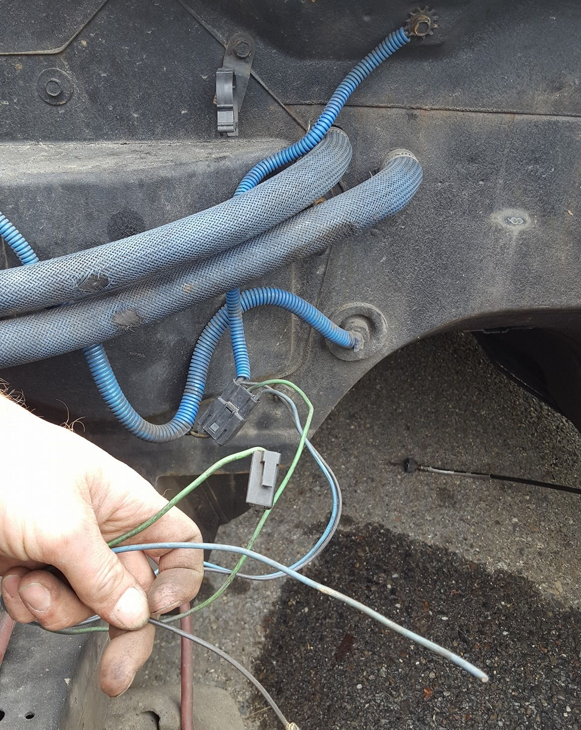 Green wire coming out behind engine near heater box...? - Third ...