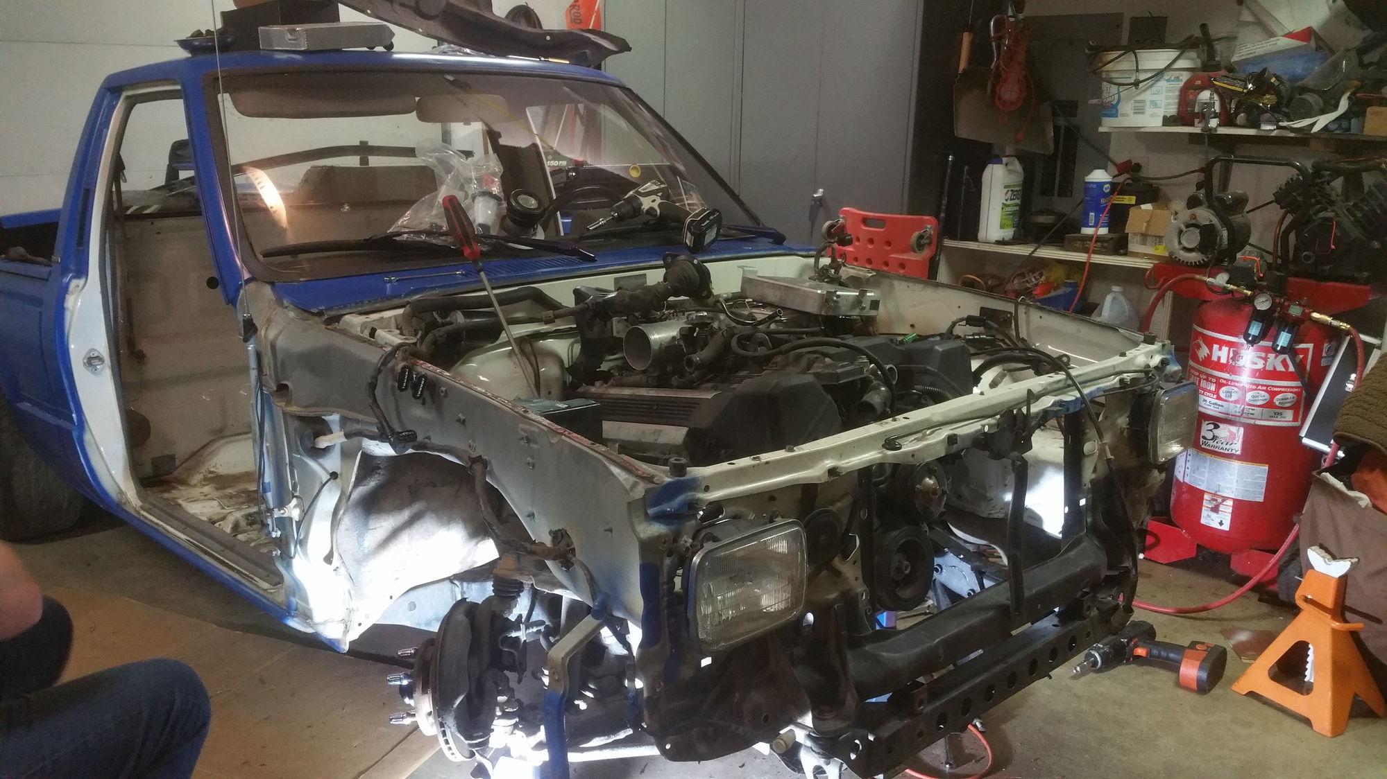 85 pickup with 1uzfe heart | Toyota Minis