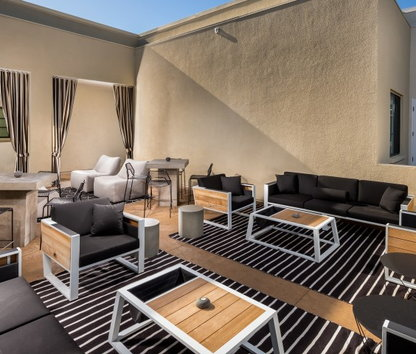 Image Of LUXE Apartments In Pasadena, CA
