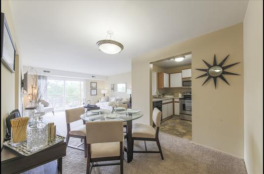 Attractive Image Of Signature Club Apartments (formerly Woodbury Villas) In Ann Arbor,  MI Home Design Ideas