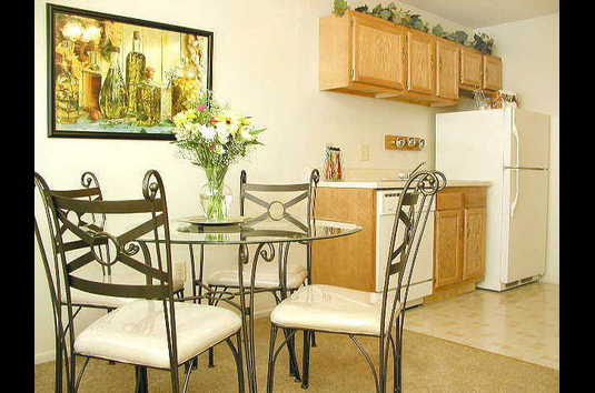 Canton Gardens Apartments in Canton MI Ratings Reviews Rent
