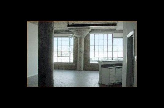 Adam Hats Lofts 20 Reviews Dallas Tx Apartments For Rent Apartmentratings