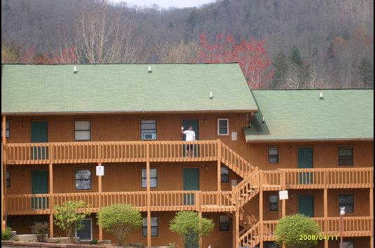 Laurel Oaks Apartments 12 Reviews Cullowhee Nc Apartments For Rent Apartmentratings C