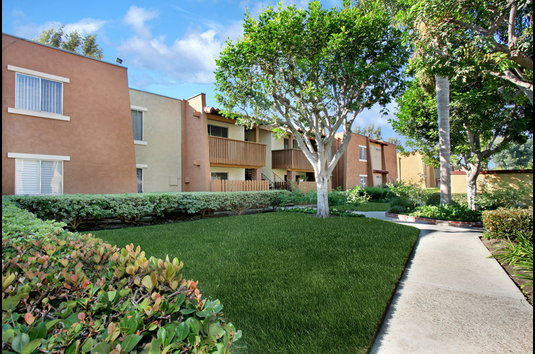 Reviews & Prices for Casa Grande Apartments, Cypress, CA