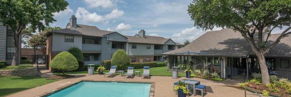 Summergate Apartments