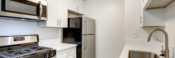 Laurel Canyon Luxury Apartments