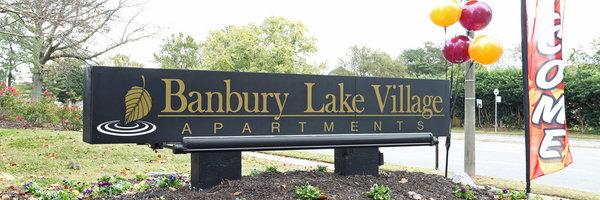 Banbury Lake Village