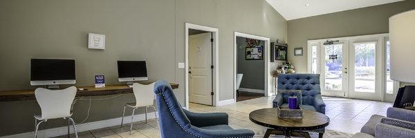 Silvana Oaks Apartments