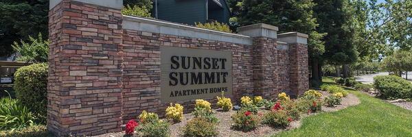 Sunset Summit Apartments