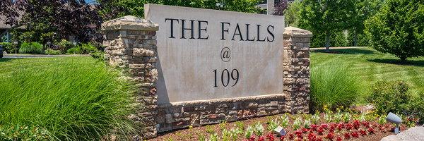 The Falls at 109