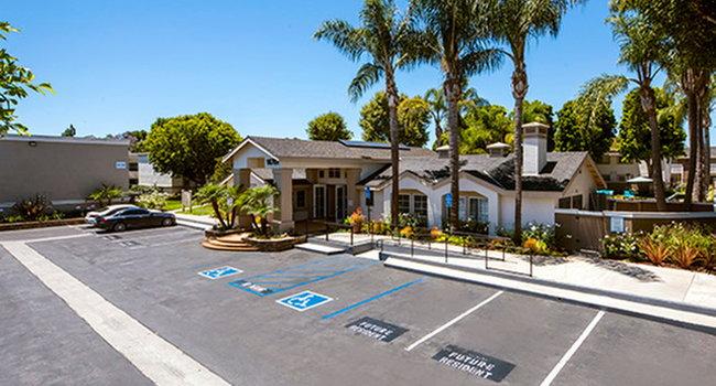 Image Of Surf At 39 (formerly Huntington Villas Apartments) In Huntington  Beach, CA
