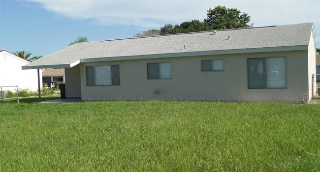 Image of 7143 Gama Ct in North Port, FL