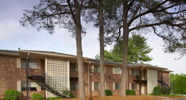 Image Of Magnolia Gardens At Brookhaven In Atlanta Ga