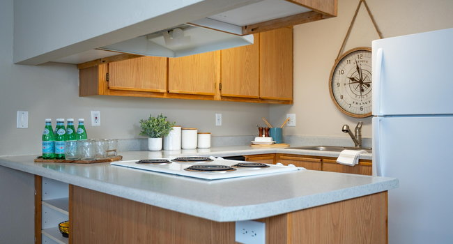 Kings Meadow Apartments   Troutdale, OR   Kitchen