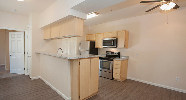 Stoneridge - 130 Reviews | Roseville, CA Apartments for ...