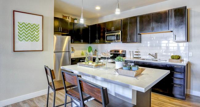 pearldtc apartments 35 reviews page 1 denver co apartments