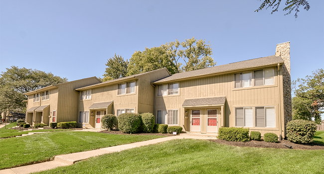 The Woods Of Eagle Creek Apartments 53 Reviews Indianapolis In