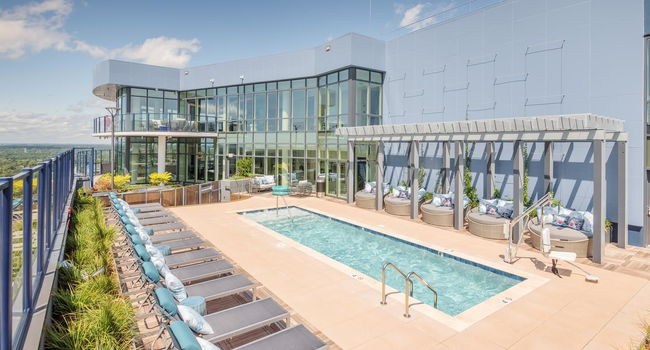 ascent uptown apartments 34 reviews charlotte nc apartments for