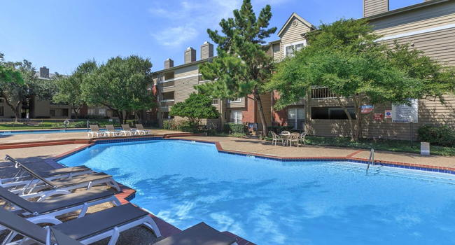 Bristol Square Apartments - 20 Reviews | Dallas, TX ...