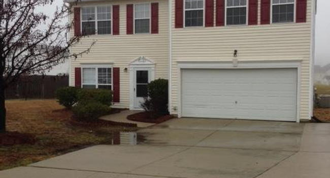 Image of 4077 Clovelly Dr in Greensboro, NC