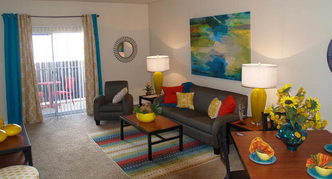 Gateway At College Station 128 Reviews College Station Tx Apartments For Rent Apartmentratings C