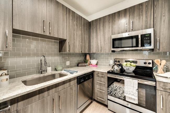 101 Center - 13 Reviews | Arlington, TX Apartments for ...