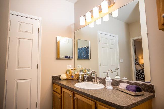 Meadows at river run 100 reviews bolingbrook il - 2 bedroom apartments in bolingbrook ...