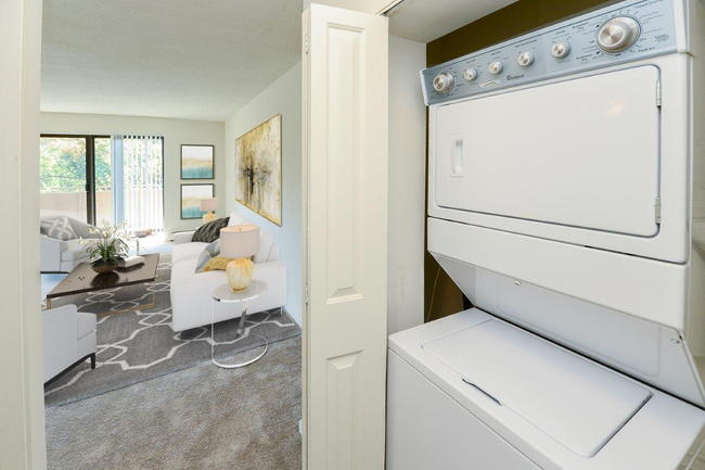 Colonial Apartments - 115 Reviews   Cherry Hill, NJ ...