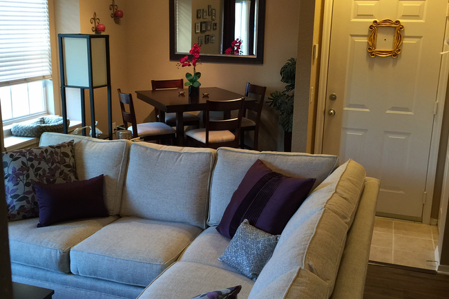 Resident Photo Of Villas At Gateway Apartments In Pinellas Park, FL